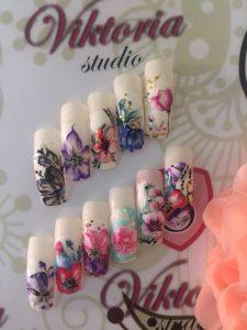 Пройти курсы дизайна ногтей в Екатеринбурге