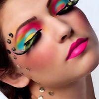 Весенние тенденции в макияже
